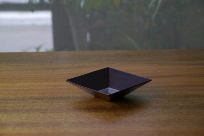 1004 角鉢 3寸 9×9×2.6